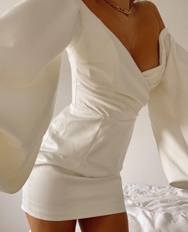 lantern sleeve white dress